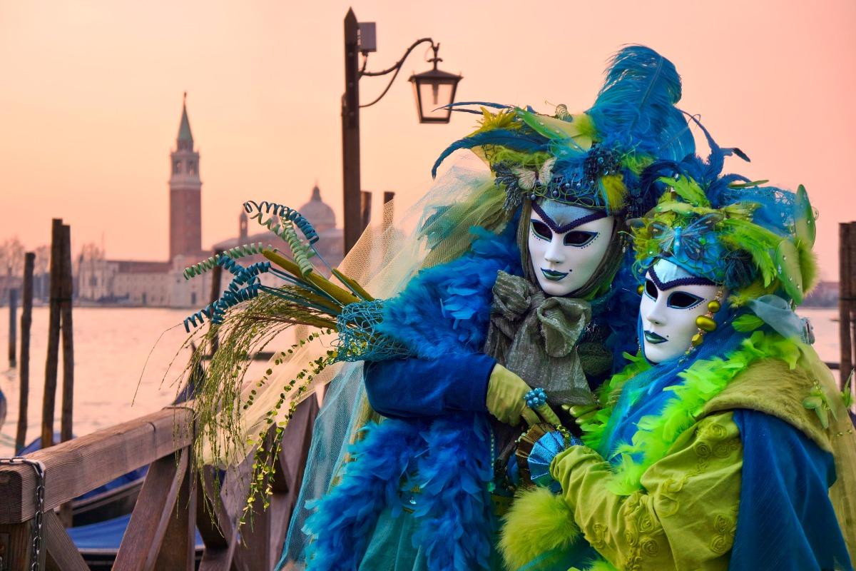 "La maschera, da ""Les Fleurs du Mal"", Charles Baudelaire"